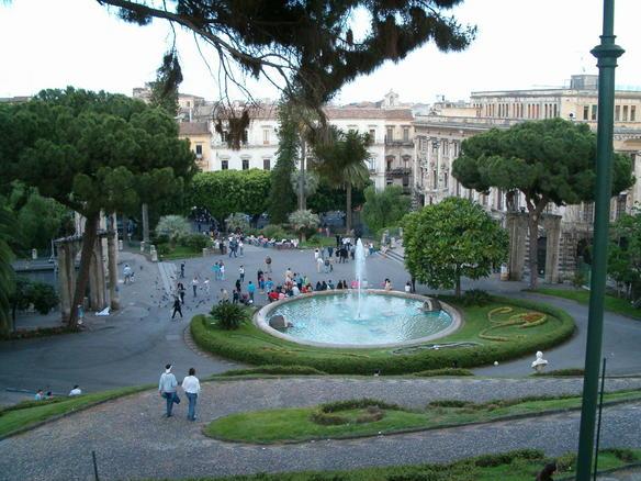 Catania, cadavere carbonizzato trovato alla Villa Bellini$